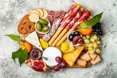 A charcuterie board is the perfect snack tray for any New Years Eve party. For more New Years Eve dinner ideas that are delicious, look here! Fig Butter, Truffle Butter, Appetizers Table, New Year's Eve Appetizers, First We Feast, New Years Eve Dinner, Food Concept, Cooking Ingredients, Gastronomia