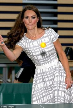 The Duchess of Cambridge, Kate Middleton, plays table tennis as she visits Bacon's College, before the Olympics, Prince William Et Kate, Prince George Alexander Louis, William Kate, Princess Kate, Princess Charlotte, Queen Kate, Duke And Duchess, Duchess Of Cambridge, Duchesse Kate