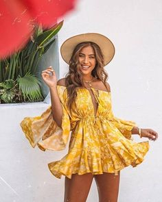 Off Shoulder Sexy Beach Rompers Women Komplette Outfits, Trendy Outfits, Fashion Outfits, Beach Outfits, Trendy Clothing, Party Outfits, Polyvore Outfits, Fashion Clothes, Fashion Tips