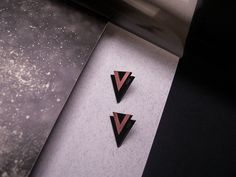 VIII. [COPPER] You shall be different. Earrings / Size: 25 x 28mm