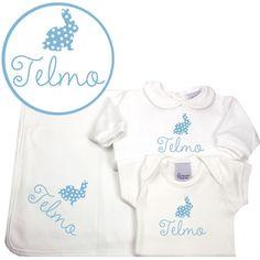 Conjunto regalo personalizado manta, pijama y body conejito. Original conjunto de manta, pijama y body personalizados con el nombre del bebé. Toda las prendas son de algodón 100% y vienen presentado como un regalo. También puedes elegir el color de los diseños. Ideal para regalar por nacimiento, por el bautizo o simplemente para tu bebé. Precio: 59,90 €