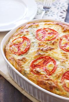 This crustless vegetarian quiche is perfect for serving at your next breakfast or brunch!
