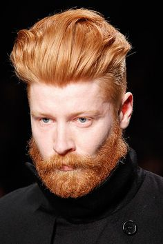 Not my typical guy to put on this page but still a very attractive man Hot Ginger Men, Ginger Beard, Ginger Hair, Beards And Mustaches, Beautiful Red Hair, Beautiful Redhead, Beautiful Men, Hairy Men, Bearded Men