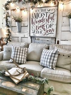 Bless This Nest | My 2017 Christmas Home Tour and Blog Hop