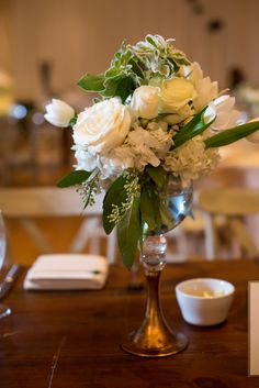 Elegant-Chic Small Floral Ivory Centerpiece | Photo: Kate Belle Photography | Arrangement: Edge Design Group |