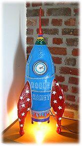 papier-maché art by Ellen Carlier : boeing 747 Paper Mache Clay, Paper Mache Crafts, Paper Clay, Clay Art, Paper Art, Projects For Kids, Crafts For Kids, Arts And Crafts, Water Rocket Designs