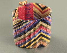 Bosque Metallic Violet Bead Loom Cuff Bracelet by PuebloAndCo Native American Patterns, Native American Fashion, Loom Beading, Beading Patterns, Boho Jewelry, Beaded Jewelry, Jewelery, Bead Loom Bracelets, Blue Beads