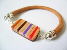Guarda questo articolo nel mio negozio Etsy https://www.etsy.com/it/listing/255470714/bracciale-pencil-colors-leather-cuoio
