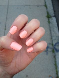 coral gel manicure #nails #gelmanicure