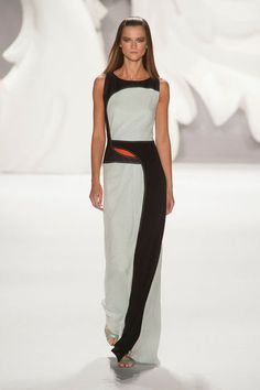 I am obsessed with Carolina Herrera's 2013 spring collection, but I'm especially obsessed with THIS dress.