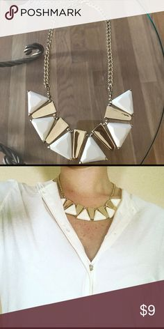 **3 for 30 Sale** White & Gold necklace Must have necklace for a great price! Jewelry Necklaces