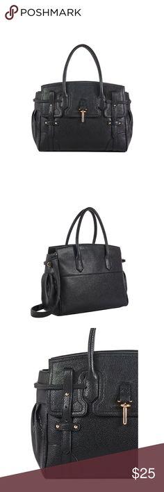 """💸SALE💸NWT REVOLUTION BAG Bag Details Material: Faux Leather Size: 14L x 11H x 6.5W Hardware color: Gold Strap detail: Removable shoulder strap Shoulder drop measurement : 5"""" Closure: Top zip closure JustFab Bags"""