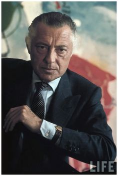 Gianni Agnelli with characteristic skewed tie and watch on cuff, 1968.