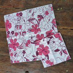 Lot de 2 serviettes de table à fleurs hawaïennes roses, estivales