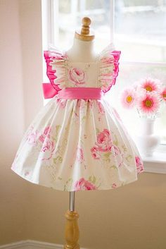 Creamy Rose Vintage style Girls Dress (w/Replacement Fabric) - Kinder Kouture sweet pink 🌺 Vintage Girls Dresses, Baby Girl Dresses, Baby Dress, Flower Girl Dresses, Girls Easter Dresses, Little Girl Outfits, Little Dresses, Cute Dresses, Kids Outfits