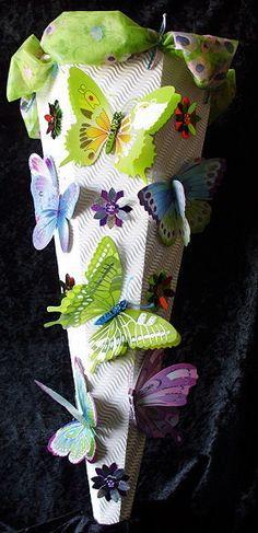 Schultüte+Schmetterling+von+Ingrids+Bastel-Stube+auf+DaWanda.com