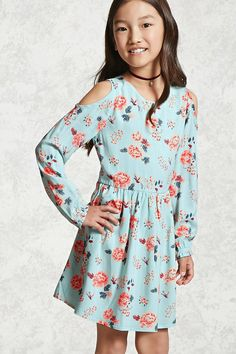 Forever 21 Girls - A woven dress featuring an allover floral print, open-shoulder design, pleated skirt, a swing silhouette, and a button keyhole back. Preteen Fashion, Kids Fashion, Fashion Outfits, Latest Fashion, Fashion Trends, Girls Rompers, Girls Dresses, Tween Mode, Forever 21 Girls
