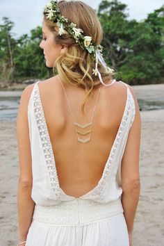 Chevron Back Necklace | Flower Crown | Bride in relaxed low back short Magali Pascal Bohemian Wedding Dress | Coastal Wedding | Beach | Destination Wedding | Inspiration Shoot | Wedding Planner Call Me Madame | Images by Zago Photo | http://www.rockmywedding.co.uk/boho-chic-in-bali/