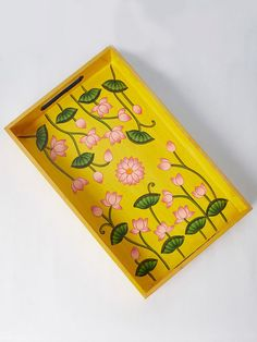 26 Coolest Wooden Home Crafts - Room Dekor 2020 Painted Wooden Boxes, Painted Trays, Hand Painted, Wooden Trays, Pichwai Paintings, Indian Art Paintings, Madhubani Art, Madhubani Painting, Pottery Painting Designs