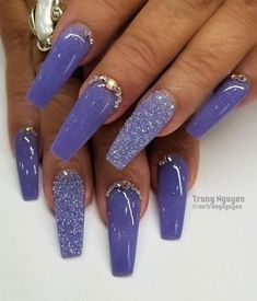 40 Fabulous Nail Designs That Are Totally in Season Right Now - clear nail art designs,almond nail art design, acrylic nail art, nail designs with glitter Purple Acrylic Nails, Acrylic Nail Art, Purple Nails, Acrylic Nail Designs, Jade Nails, My Nails, Fabulous Nails, Perfect Nails, Almond Nail Art