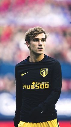I fucking love that asshole Football Players Images, Best Football Players, Soccer Players, Football Team, France Football, Football Love, Football Is Life, Antoine Griezmann, Image Foot