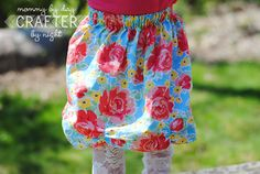 Totally cute bustled dress for my little princess!!  Going to try this one this summer!