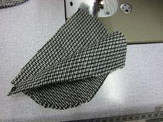 aggelicat.): making a backpack.)