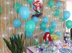 Que tal uma decoração deslumbrante com o tema Pequena Sereia, com uma cortina de balões da Balão Cultura. Créditos: Balões: Balão Cultura www.balaocultura.com.br Decoração e Planejamento: Festa com Amor #decoracaodebaloes #arieldecor #Ariel #PequenaSereia #decoraçãoPequenaSereia #balaocultura #balãoCultura #iloveballoon