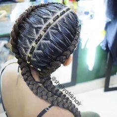 Las ideas que aparecen al momento te agarrar el cabello, son las más sorprendentes. 🤩👐🏽👌🏼😍 #afrikhair #braids #marcamosestilo #trenzas #trenzasmedellin #braiding #cornrows #bananabraids #peinadosafro #peloafro #culturaafro #amolastrenzas #trenzandoando #trenzando Hairstyles Haircuts, Braided Hairstyles, Curly Hair Styles, Natural Hair Styles, Pelo Afro, Cornrows, Box Braids, Hair Inspiration, Hair Cuts