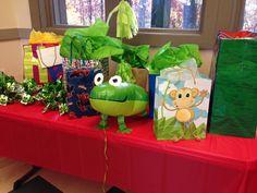 Frog theme birthday party at the Bear Hollow Zoo! #whereislumpkin