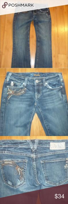 """Miss Me Jeans NICE  PAIR OF MISS ME BOOTCUT JEANS IN KANSAS 02 WASH  SIZE 26 x 32  14"""" ACROSS WAIST, BOTH SIDES HELD TOGETHER  17"""" ACROSS HIPS 6.25"""" RISE  GOOD CONDITION Miss Me Jeans Boot Cut"""