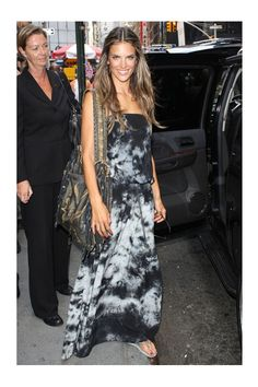 ac496843f68be9 Alessandra Ambrosio wearing Havaianas Slim Flip Flops Gypsy 05 Talula Silk  Shoulderless Dress Leaving It s On with Alexa Chung August 12 2009