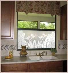 Tropical Oasis Privacy Window Film - Window Film World Window Screens, Window Coverings, Etched Glass Vinyl, Mirrors Film, Window Films, Window Decals, Home Decor Inspiration, Glass Door, House Design