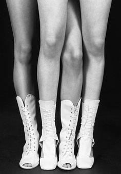 Black & White Photography Inspiration : Dada photographed by Marton Perlaki.