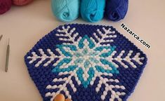 lif-modeli-kar-tanesi-deseni C2c Crochet, Crochet Crafts, Chrochet, Japanese Wine, Cool Yoga Poses, Knitting Stitches, My Design, Diy And Crafts, Tapestry