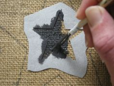 diy resin crafts how to make ; diy resin crafts for beginners ; Key Crafts, Diy Resin Crafts, Jute Crafts, Fabric Crafts, Sewing Crafts, Sewing Projects, Burlap Art, Burlap Fabric, Star Diy