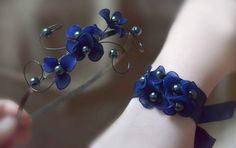 Hey, I found this really awesome Etsy listing at https://www.etsy.com/listing/181232154/navy-blue-wrist-and-headpiece-set-bridal