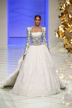 Pin for Later: The Most Stunning Wedding Dresses From Couture Fashion Week Guo Pei Haute Couture Spring/Summer 2016