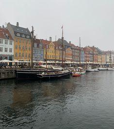 Tout ce qu'il faut voir à Copenhague #copenhague #tivoligardens #danemark #scandinaviadeco #travelblog #voyagedeco #nordicstyle #blogvoyage #nyhavn #rosenborg Blog Voyage, Copenhagen, Denmark, Travel
