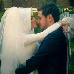 Wedding pictures hijab muslim bride cute #Perfect Muslim Wedding