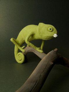 Green Chameleon - Needle Felted Miniature (r)