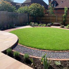 Circular Garden Design, Circular Lawn, Back Garden Design, Backyard Garden Design, Landscaping Retaining Walls, Backyard Landscaping, Landscaping Design, Lawn And Landscape, Garden Landscape Design