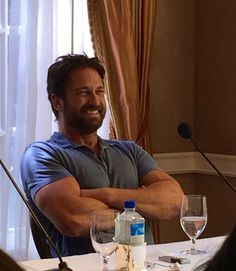 Gerry at a press conference for How to Train Your Dragon 2