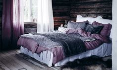 Das lila Schlafzimmer ohne Traurigkeit The purple bedroom without sadness dye paint Purple Bedrooms, Purple Bedding, Bedroom Colors, Purple Gray Bedroom, Lavender Bedding, Lavender Room, Bohemian Bedroom Decor, Cozy Bedroom, Trendy Bedroom
