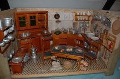 antike Puppenküche 40er Jahre reich ausgestattet | eBay