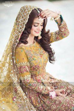 Pakistani Mehndi Dress, Bridal Mehndi Dresses, Pakistani Formal Dresses, Pakistani Wedding Outfits, Bridal Dress Design, Wedding Dresses For Girls, Pakistani Dress Design, Bridal Outfits, Mehendi Outfits
