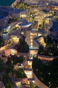 Osaka, Japan Night view of Namba Parks, Osaka, Japan | The Jerde Partnership なんばパークス