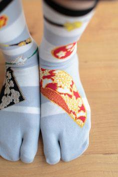 "New #Tabi #Socks ""Chrysanthemum Burst"" #sousou #sousousf #jikatabi #socks #textiledesign #design #japan #textile #tabisocks #socks #kimono #katsujiwakisaka"