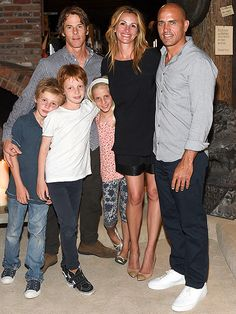 The Gang's All Here! Julia Roberts Makes Rare Public Appearance with Her Three Adorable Children http://celebritybabies.people.com/2015/08/31/julia-roberts-kids-family-photo/