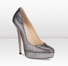 Jimmy Choo Eros Glitter Fabric Shoes New for Autumn/Winter these platform shoes in a super high heel height of are now available in anthracite glitter. Dream Shoes, Crazy Shoes, Me Too Shoes, Zapatillas Peep Toe, Shiny Shoes, Super High Heels, Fabric Shoes, Jimmy Choo Shoes, Stiletto Heels